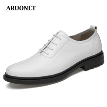 купить AURONET Luxury Brand Mens Genuine Leather Dress Shoes Business Office Shoes Men Wedding Shoes Sapato Social Masculino Couro дешево