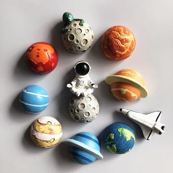 Astronaut Refrigerator Magnet 3D Cartoon Creative Planet Magnetic Sticker Fridge Home Decoration Space Shuttle