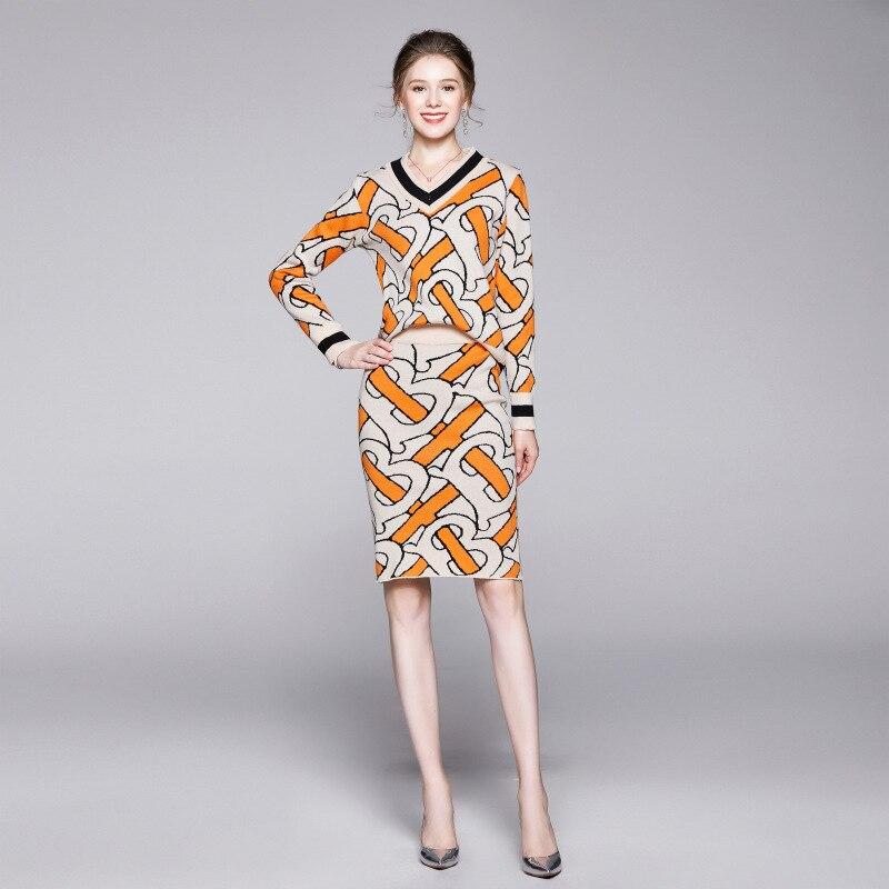 2019 New Style Autumn And Winter WOMEN'S Dress Set Big V-neck Sweater Laziness-Style Long Sleeve Fashion Sweater Two-Piece Set