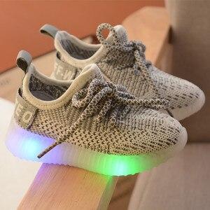 Image 4 - LED ışık ayakkabı çocuk çocuk kız spor rahat işıklı Sneakers yürümeye başlayan çocuklar için ışık örgü hava örgü öğrenci