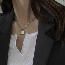 Gargantilha de bloqueio de rocha colar de corrente longa no pescoço com bloqueio punk jóias mujer chave cadeado pingente colar para mulher