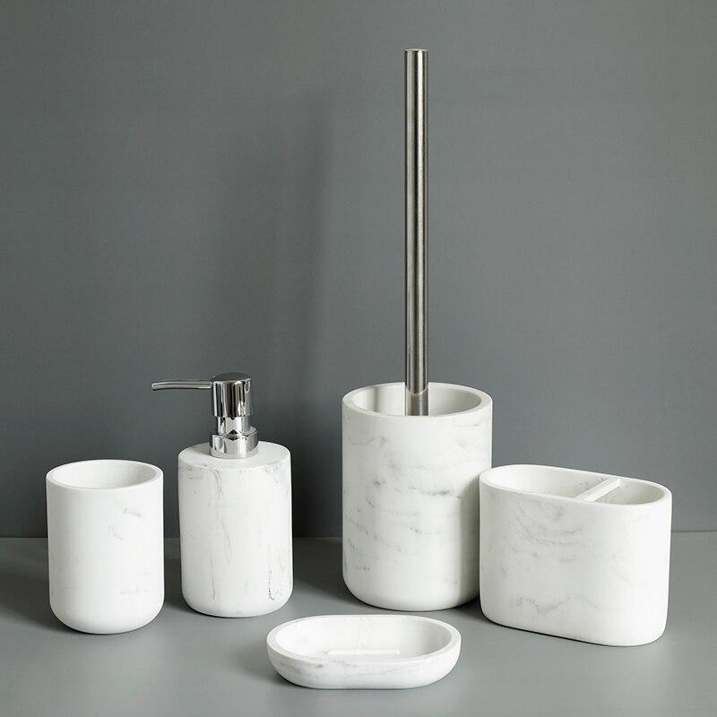 Набор из пяти предметов в скандинавском стиле смолы с мраморной