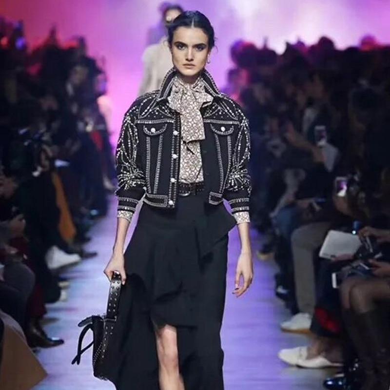 Europäischen Luxus Blatt Diamanten Niet Mantel Frauen 2019 Herbst Mode Streetwear drehen unten Kragen Langarm Schwarz denim jacke - 2