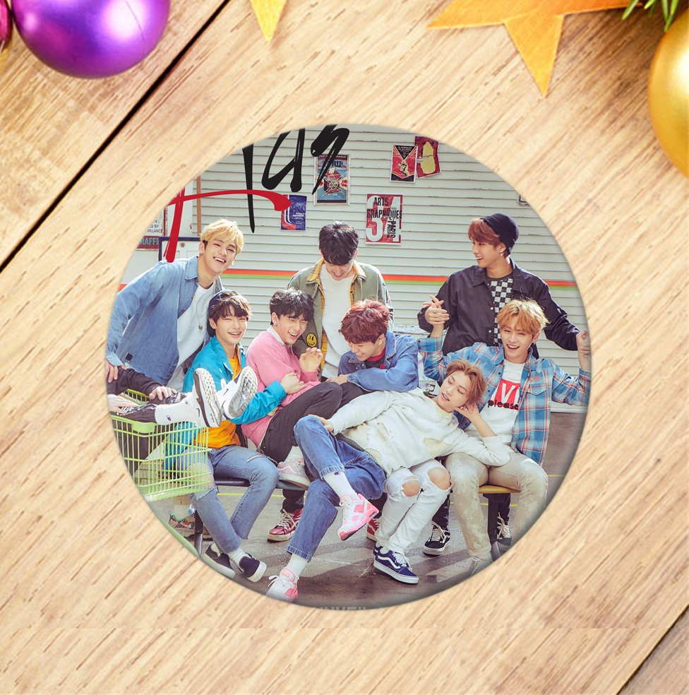 Kpop Stray Kids Photo Badge Emblem Fashion Good Quality Decorative Collection For Fans Stray Kids Kpop Korean Stationery Set