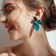 Summer Earring Flower Design Ear Stud Fashion Camellia Simulated Pearl Earrings Women Girl Jewelry Party