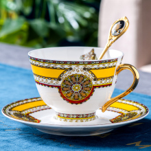 Red Cup Teacups Saucer Coffee-Cup Tasse Royal Classic-Bone China Vintage Creative Nordic
