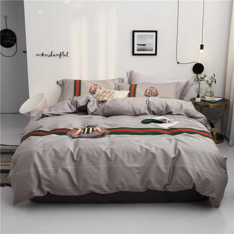 Home Textile King Queen twin size Bedding Set gray with red stripe Duvet Cover Pillowcase Sheet Bed Linens cotton bed cover