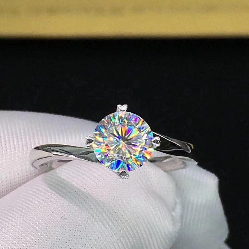 Couleur Moissanite VVS fiançailles bague de diamant de mariage avec certificat national pour les femmes