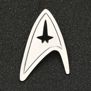 Image 1 - Звездная брошь трек Pin TMP, изображение Admiral Command, знак серебряного цвета, модная новинка, популярные украшения для фильмов, для мужчин и женщин, оптовая продажа