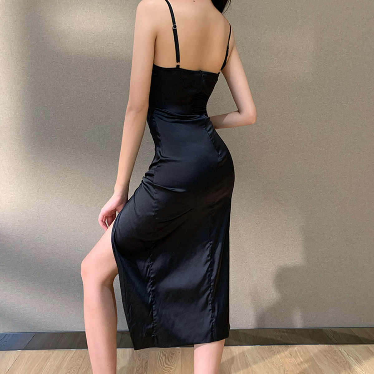 Женское винтажное атласное вечернее платье на тонких бретелях без рукавов, сексуальное черное шелковое вечернее платье с разрезом по бокам, халат Longue Femme
