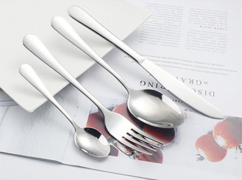 4PCS Set Stainless Steel Upscale Dinnerware Flatware Cutlery Fork Spoon Teaspoon Steak Knife Fork Spoon Teaspoon Cutlery