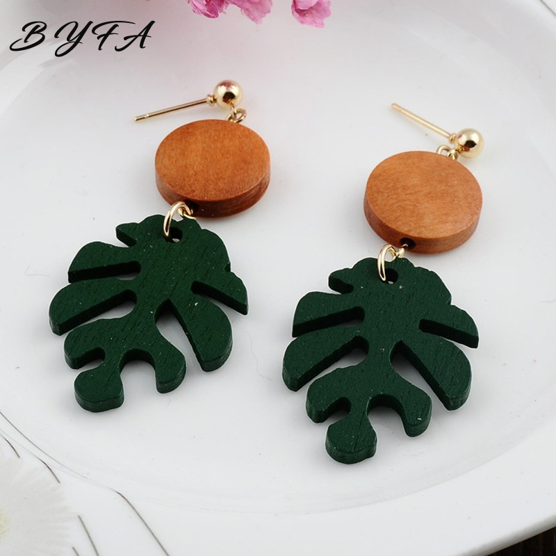 New Fashion Bohemia Monstera Leaf Dangle Drop Earrings Tropical Plant Wood Summer Beach Jewelry Party Gifts for Women Girls