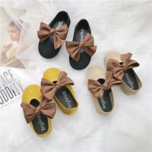 Новинка года; элегантная ткань; сезон весна-осень; детская обувь; удобные дышащие туфли принцессы с бантом для девочек; Детские бабушкины туфли с мягкой подошвой