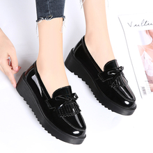 EOFK אביב סתיו נשים שטוח על שוליים מתוק פטנט עור שחור עגול הבוהן מזדמן פלטפורמת נעליים