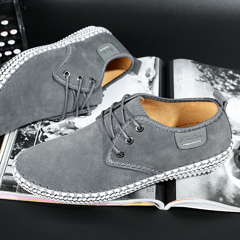 New Autumn Men's Driving Casual Leather Shoes Soft Wear-resisting Hand Sewing Fashion Casual Shoes,