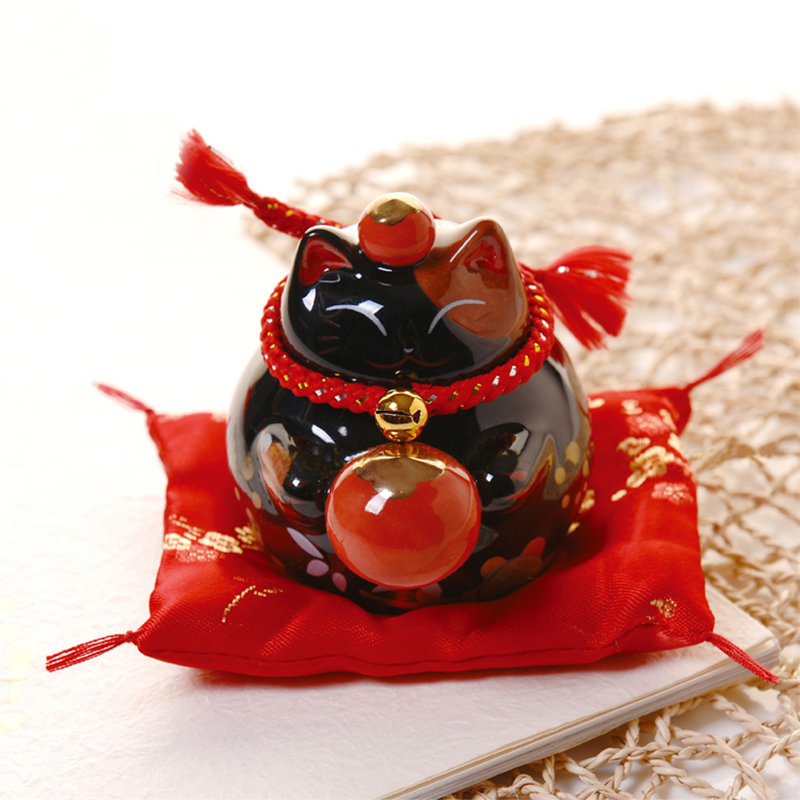 4 inch black lucky cat ceramic lucky cat home porcelain ornaments business gifts lucky cat piggy bank Feng Shui ornaments