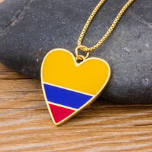 Wholesale Romantic Heart Yellow & Blue Copper Necklace Gold Chain Charm Jewelry Women Pendant Choker Necklace Gift For Birthday rose gold color love heart knot pendant necklace for women small heart charm pendant choker necklace girls jewelry 2020 new