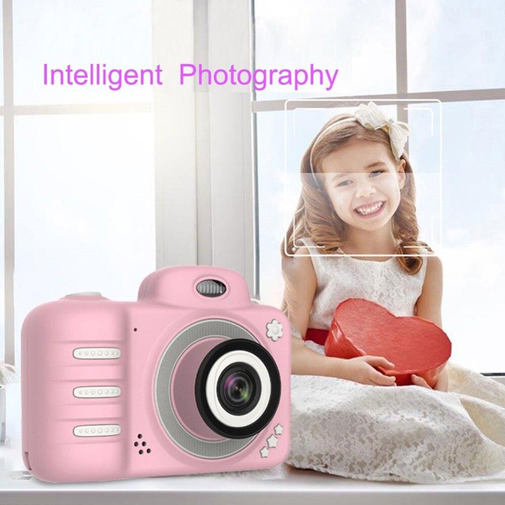 305633_no-logo_305633-3-01-c