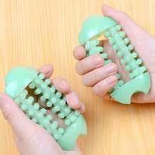 1PCS Plastic Dual Hand Finger Massager Roller Joint Relaxing Nail Massage Tool(China)