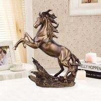 European Antique Copper Horse Sculpture Resin Figurines Lucky Mascot Home Decoration Modern Art Living Room Wedding Gifts