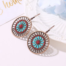 Creative National Wind Personality Round Hollowed-out Women Earring Bohemian Retro Flower Earrings Fashion Wedding Jewelry new hand woven u shaped earrings exaggerate bohemian hollowed out tassels and national wind earrings