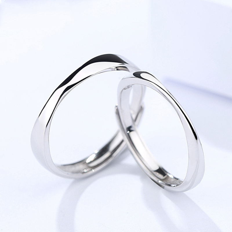 Luxury S925 sterling silver Mobius couple ring retro style simple men and women opening adjustable ring