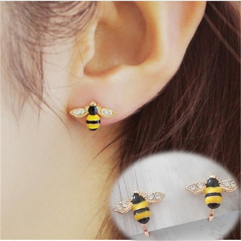 Kids Clip On Earrings Cute Bee Yellow Non Piercing Little Girls Small Stud Clip Earings Animal Accesories For Kids Girls Baby