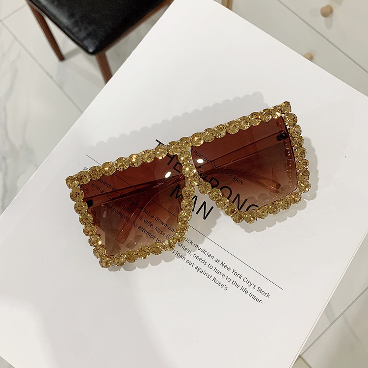 Luxury Brand Square Women Sunglasses 2021 trend Retro Sunglass Lady Oversized Rhinestone Decoration Sun Glasses Shades For Women (12)