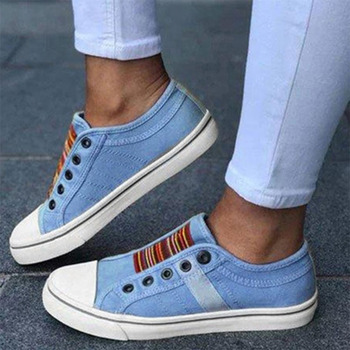 The New 2021 Low-cut Trainers Canvas Flat Shoes Women Casual Vulcanize Shoes New Women Summer Autumn Sneakers Ladies 2