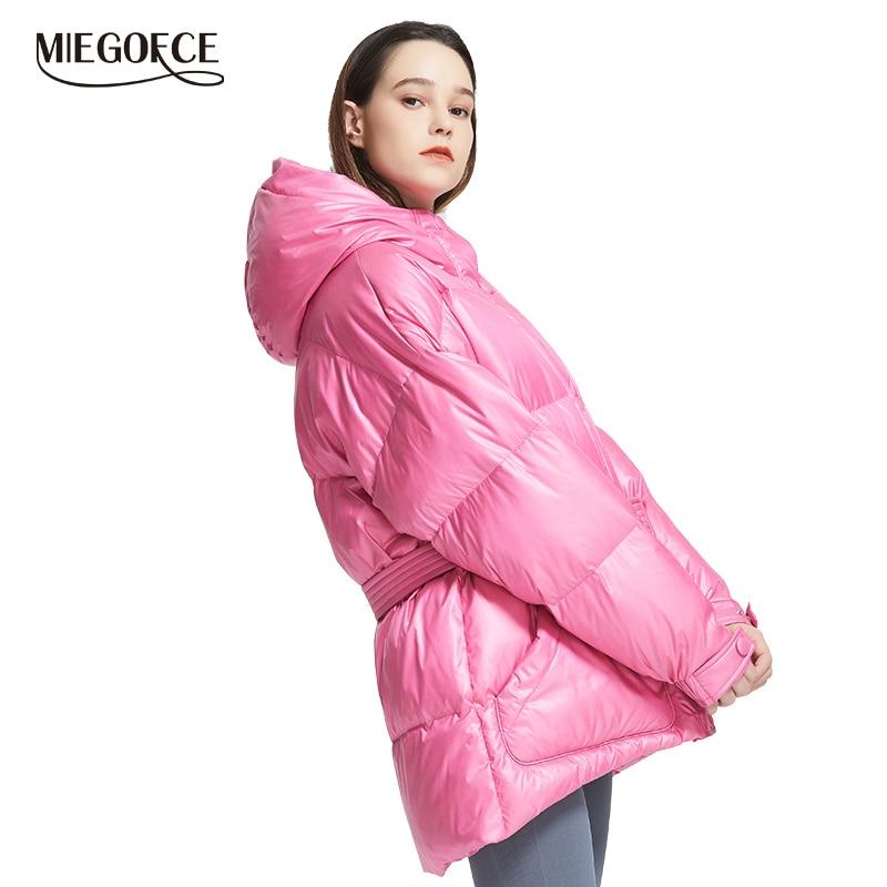 Miegofce 2019 nova jaqueta de inverno das mulheres de alta qualidade cores brilhantes isolados puffy casaco gola com capuz parka corte solto com cinto