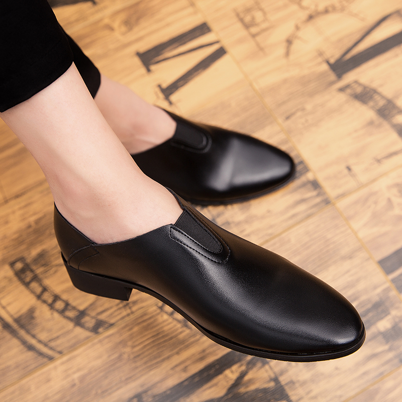 Men Leather Shoes Fashion Korea Style Men Loafers Comfortable Pointed Toe Slip On Moccasins Shoes Black Men Soft Men Shoes