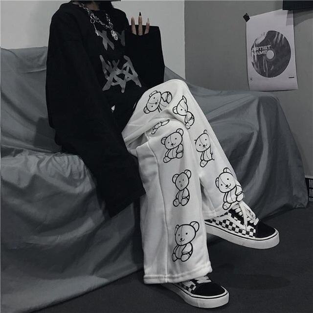 HOUZHOU Korean Style Wide Leg Pants Cartoon Print Harajuku Trousers Women Streetwear Autumn Fashion Streetwear Sweatpants Women 1