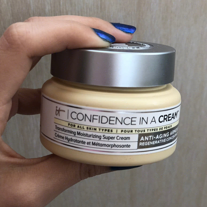 IT Cosmetics Confidence In A Cream Moisturizer 60 ML/ 2 Oz Hydrating Transforming Moisturizing Super Face Cream Full Size
