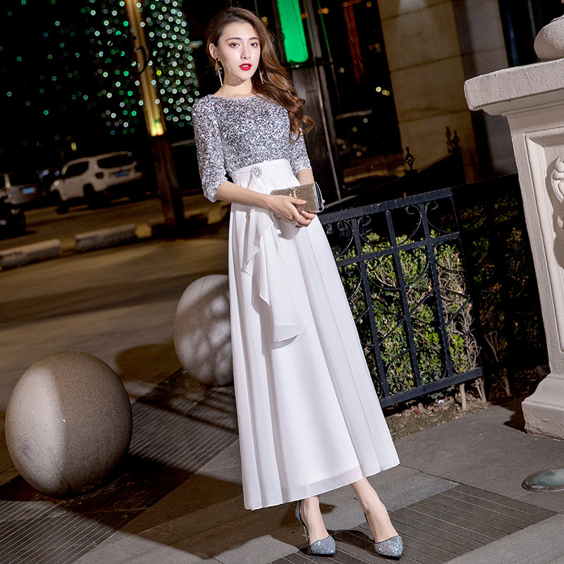 It's Yiiya Evening Dress Elegant O-neck Evening Dresses Silver Sequins LF174 Formal Gowns Long Half Sleeve Robe De Soiree 2020