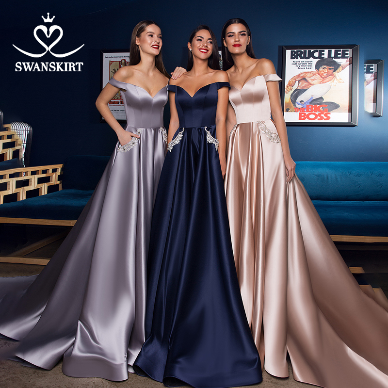 Simple Off Shoulder Satin Wedding Dress BECHOYER W128 Colorful Sweetheart A-Line Customized Prom Party Gowns Vestido De Noiva