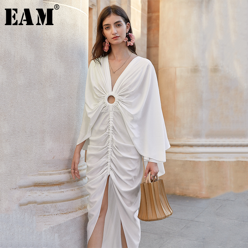 [EAM] Women White Pleated Irreugular Hollow Out Dress New V-Neck Long Sleeve Loose Fit Fashion Tide Spring Summer 2020 1W851