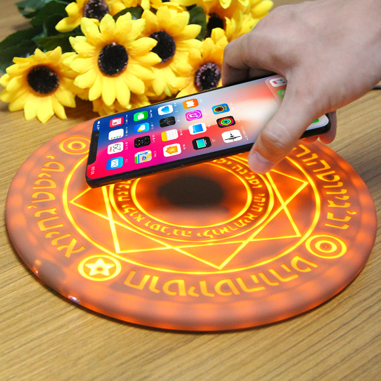 Magic Optical Array Qi Wireless Phone Charger 10W Circle Quick Charging Pad For IPhone 8 X XS XR Plus Huawei P30 S9 Xiaomi MIX 9