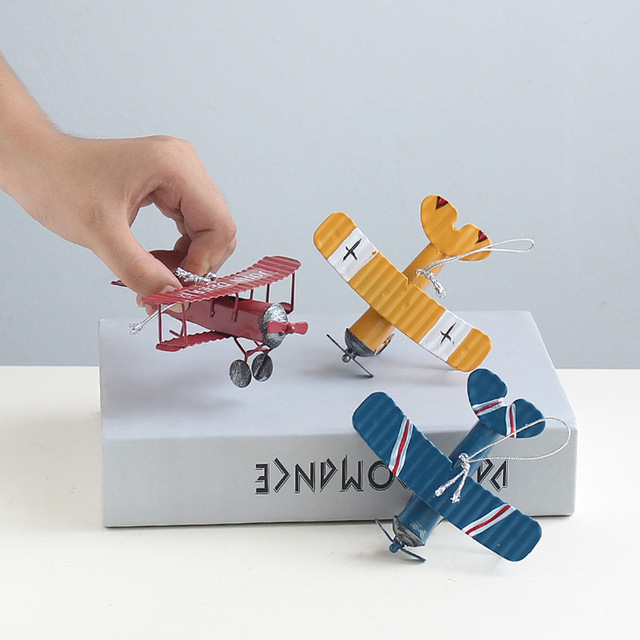 VILEAD Iron Retro Airplane Figurines  Metal Plane Model Vintage Glider Biplane Miniatures Home Decor Aircraft for Kids Gift 2