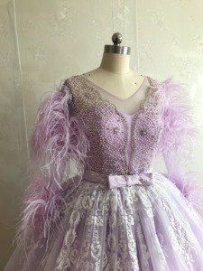 Image 3 - ILUSY จริงภาพ Elegant Glitter ชุดราตรีลูกปัด Feathers Ball ชุดแขนยาวอย่างเป็นทางการชุดราตรี Robe de soire