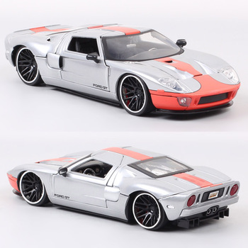 Childrens Jada 1/24 Scale Ford GT 2005 Super Racing Car Model Metal Diecasts & Toy Vehicles Sport Souvenir Hobby Gift Boys Autos image