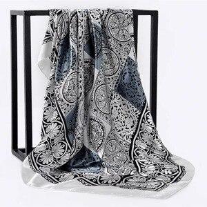 Image 1 - 봄 여름 광장 실크 목 스카프 여성 스카프 목 사무실 숙녀 목도리 Bandanna 90cm 이슬람 Hijab kerchief foulard 머플러