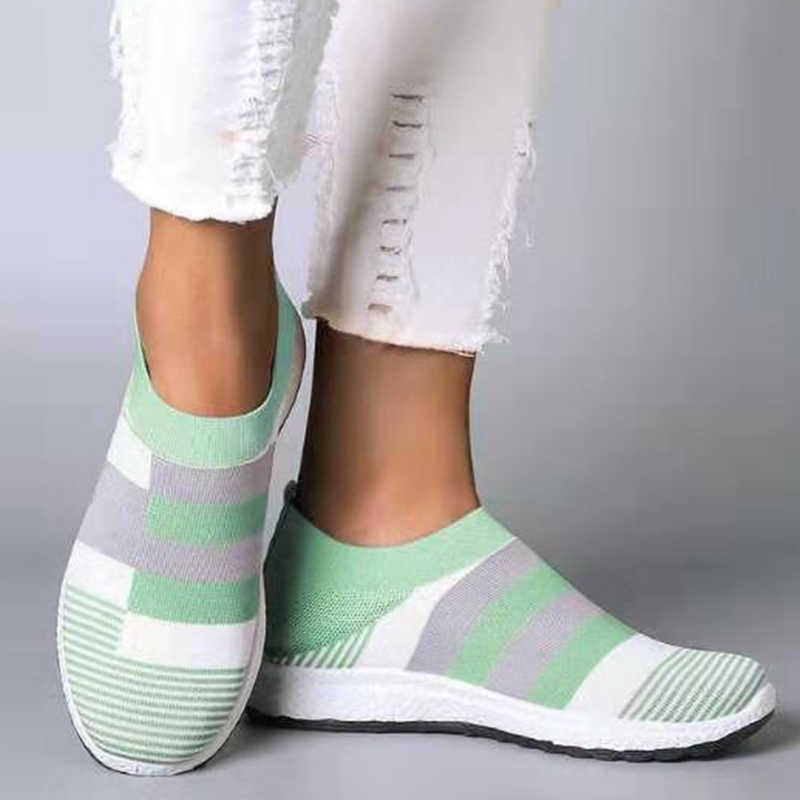 Women's Casual Vulcanized Shoes Woman Sock Sneakers 2020 New Women Knitted Flat Shoes Ladies Slip On Female Loafers