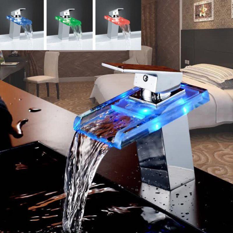 Cool lumière LED cascade robinet carré chaud et froid bain d'eau contrôle de température couleur lumière verre lavabo robinet créatif