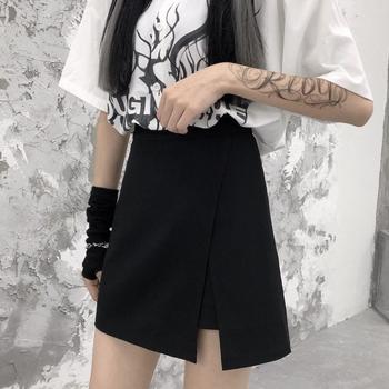 HOUZHOU gotycka krótka spódniczka damska nieregularna podzielona czarna spódnica z wysokim stanem spodenki letnia koreańska moda Harajuku odzież w stylu punkowym i ulicznym tanie i dobre opinie A-LINE POLIESTER Patchwork CN (pochodzenie) empire Stałe Powyżej kolana mini Dla osób w wieku 18-35 lat WOMEN RYB026