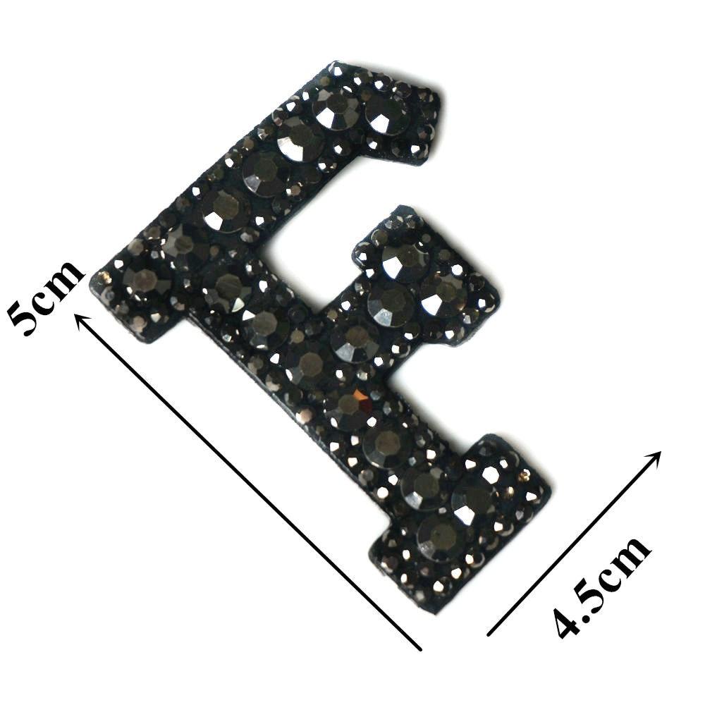 Черные стразы 26 букв алфавита ABC пришить железные нашивки блестящие Значки для имени DIY платье джинсы Аппликации украшения - Цвет: F