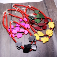 2019 best selling European stone necklace fashion double red beads color