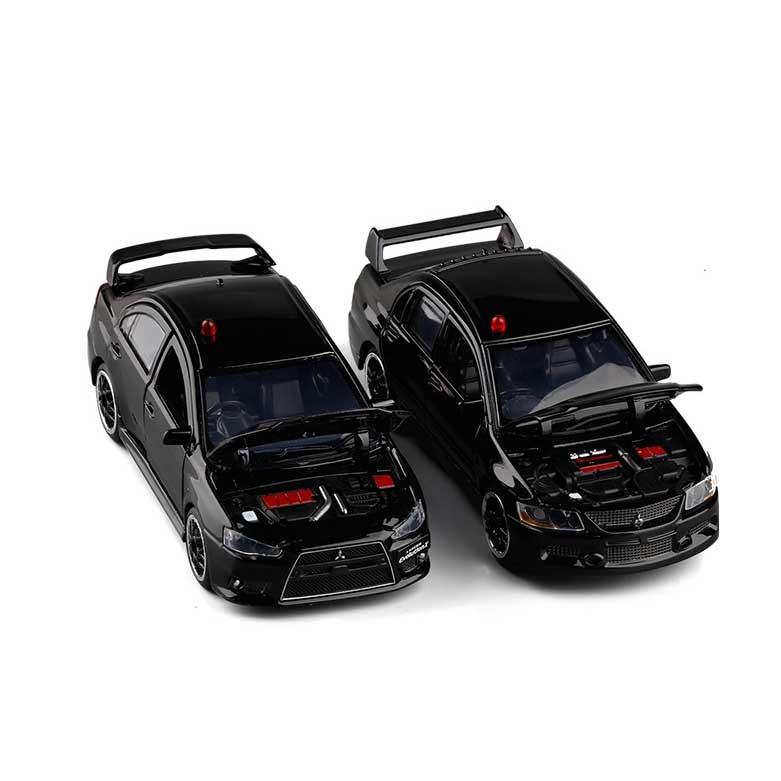 1:32 High Simulation Mitsubishi EVO Lancer 9 Plain Clothes Police Car Realistic Siren Alloy Car Model Sound And Light Car Toy