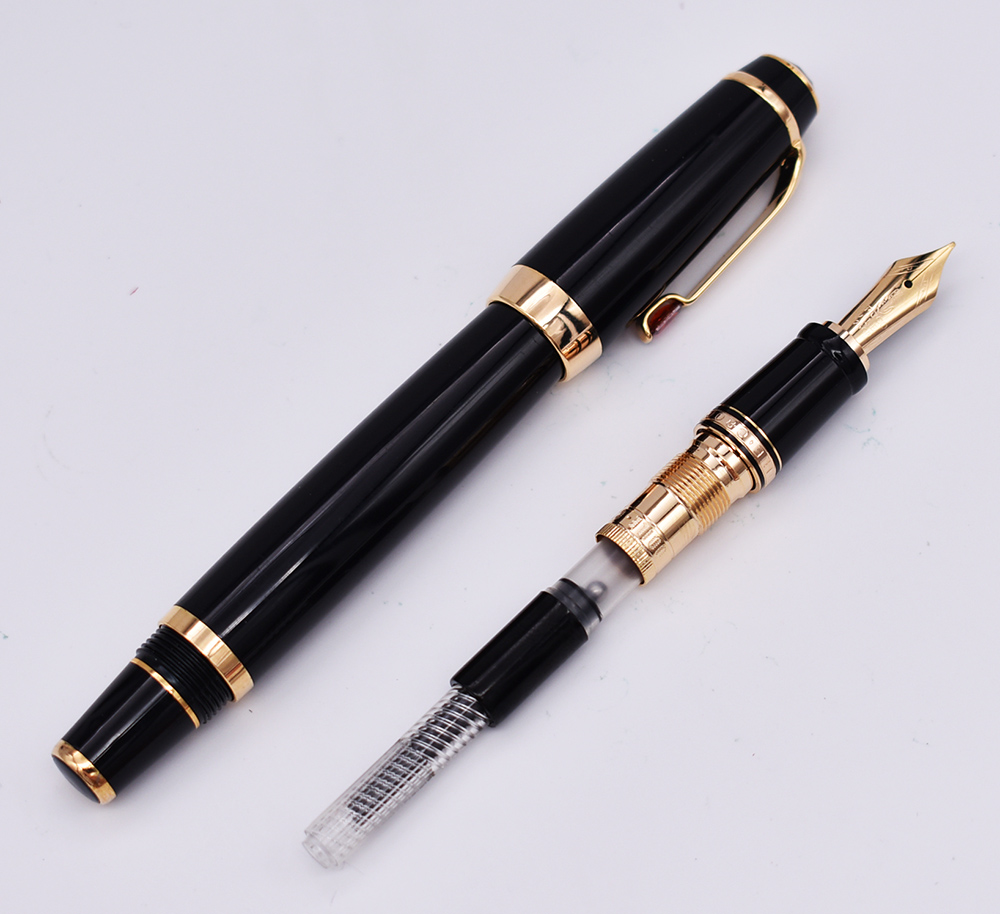 Crocodile Fountain Pen Classic Writing Pen Black Ruby Gold Ring and Gift Box