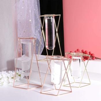 Szklany wazon z metalowy stojak nowoczesna geometria pulpit szklany sadzarka rośliny hydroponiczne do pomieszczeń tanie i dobre opinie CN (pochodzenie) Nowoczesne Blat wazon tall glass vase simple and modern Electroplating