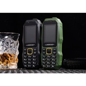 LR W2025 Push Button Cell Phones 1.8 inch Dual Sim MP3 FM Radio FlashLight Bluetooth Shockproof Dustproof Rugged Mobile Phones